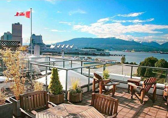 # 402 27 ALEXANDER ST, Vancouver - V837994