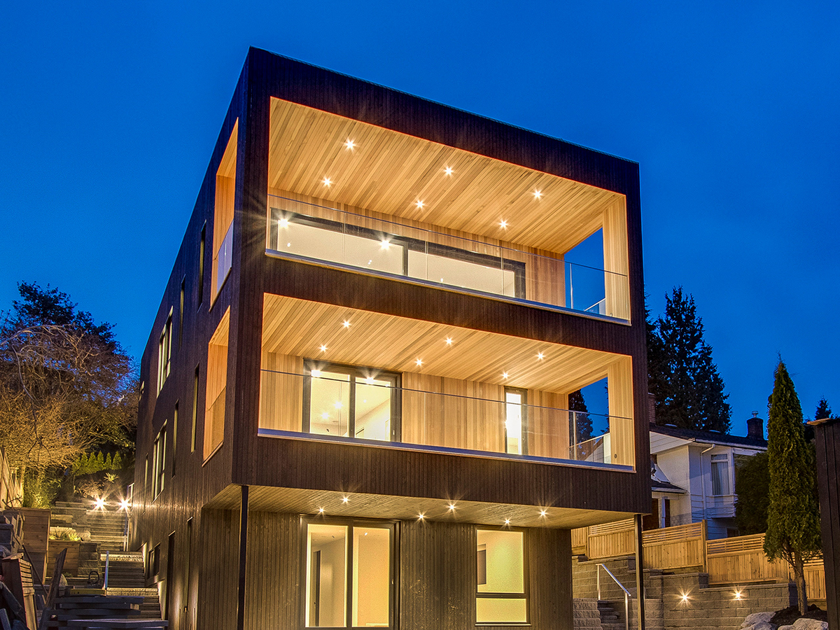 961 ADDERLEY STREET, North Vancouver - R2168248