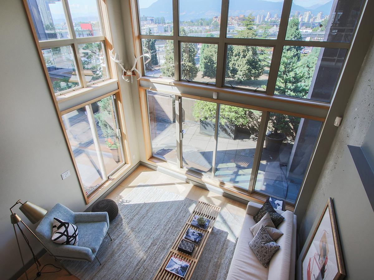 403 1529 W 6TH AVENUE, Vancouver - R2193395